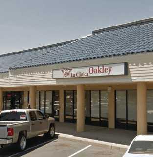 La Clinica Oakley